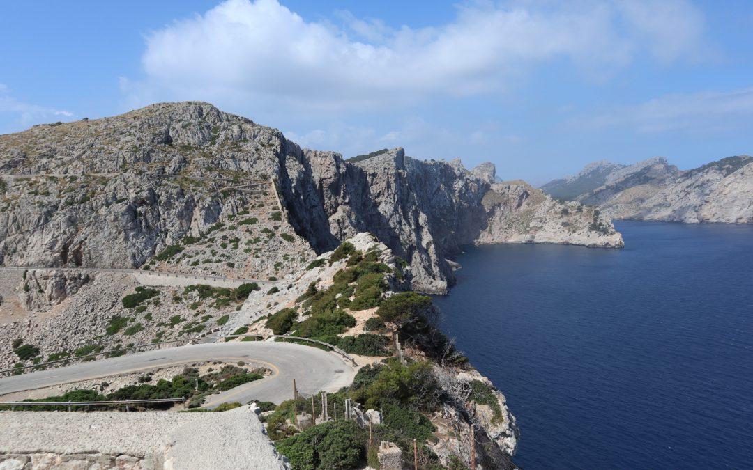 Visit Formentor by bike