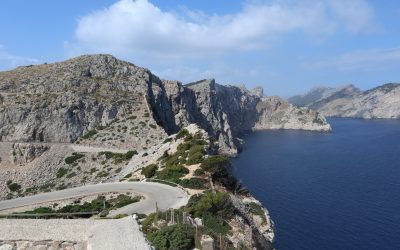 Visit Formentor by bike